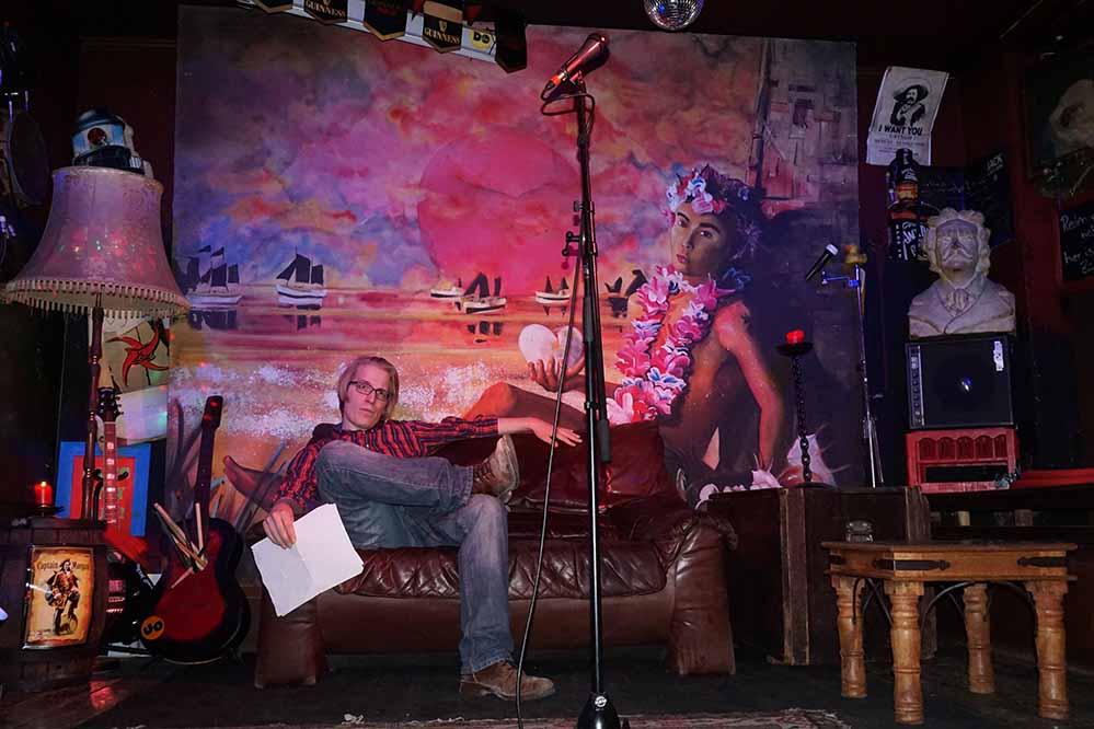 Die Organisation und Moderation liegt in den Händen des Poetry-Slammers Christofer mit F. Archivfoto: Cornel Alex