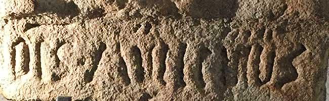 Ende einer Odyssee: Sandsteinkreuz in der evangelischen Goergskirche in Aplerbeck ist Denkmal des Monats