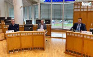 Klaus Legeler, Manfred Kruse und Norbert Dahmen mussten Rede und Antwort stehen.
