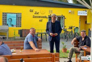 Sozialdemokratische Klischee-Idylle? Thomas Westphal ist Endspurt des Wahlkampfs. Foto: Alex Völkel