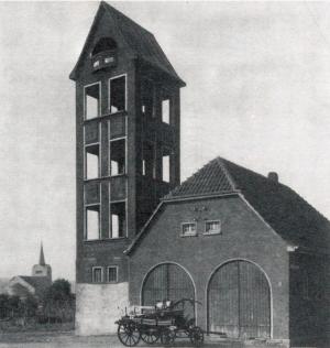 Der Steigerturm in Berghofen im Jahr 1914. Foto: Verein