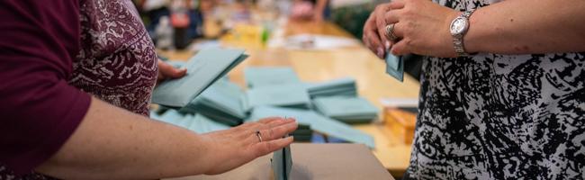 Wechselstimmung in Dortmund: Westphal (SPD) und Hollstein (CDU) in der OB-Stichwahl – Grüne legen im Rat massiv zu