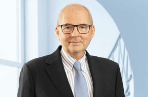 IHK-Präsident Heinz-Herbert Dustmann wird mit dem City-Ring 2021 ausgezeichnet. Foto: IHK