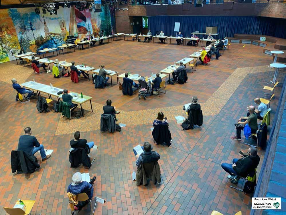 """Mit """"Anstand und Abstand"""" tagte die Nordstadt-BV und handelte die wenigen Tagesordnungspunkte ab. Foto: Alex Völkel"""