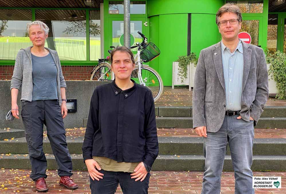 Die Grüne Hannah Rosenbaum (Mi.) soll neue Bezirksbürgermeisterin der Nordstadt werden, Thomas Oppermann (SPD) wird. 1. Stellvertreter, Cornelia Wimmer (Linke) die 2. Stellvertreterin. Fotos: Alex Völkel
