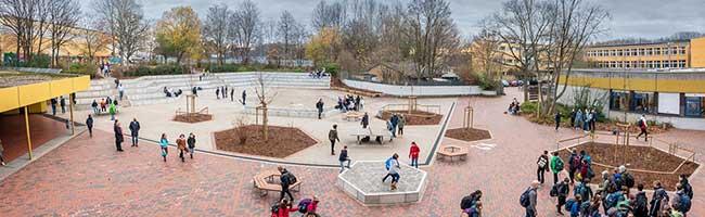 Neuer Schulhof am Helene-Lange-Gymnasium wurde mit vielen Ideen von Schüler*innen und Lehrkräften realisiert