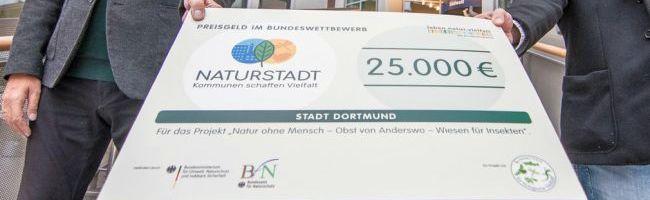 """Stadt Dortmund mit Experimentalprojekt am Fredenbaumpark Gewinnerin bei """"Naturstadt – Kommunen schaffen Vielfalt"""""""