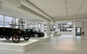 In seinem neuen Automuseum will Jean Pierre Kraemer Einblicke in die Autombilgeschichte geben. Foto: Michael Holtkötter