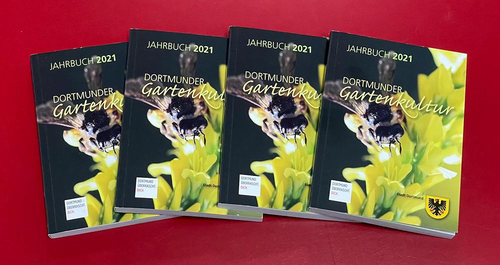"""Das Jahrbuch """"Dortmunder Gartenbaukultur 2021"""" ist kostenlos erhältlich. Foto: Alex Völkel"""