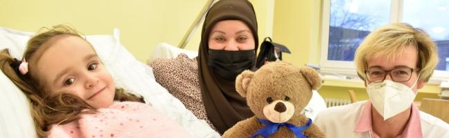 Beidseitige Hüftfehlstellung – Chance auf ein neues Leben: Afghanisches Mädchen wurde im Klinikum Dortmund operiert