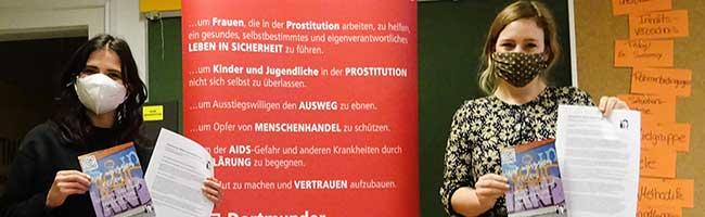 Wenn die große Liebe zum Verhängnis wird: Online-Beratungsstelle für minderjährige Mädchen in der Prostitution