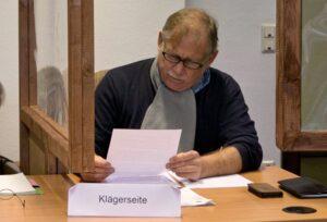 Ex-Feuerwehrchef Klaus Schäfer klagt vor dem Verwaltungsgericht gegen die Polizei. Foto: David Peters