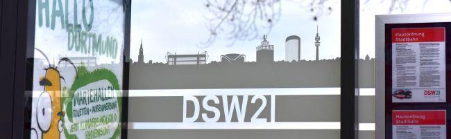 Hell, modernes Design, transparent – bis Sommer 2023 soll Dortmund über 200 neue Fahrgastunterstände bekommen