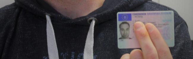 Führerschein trotz Handycaps: Sven Hilbig hat sich seinen großen Traum erfüllt – mithilfe des Caritasverbands Dortmund