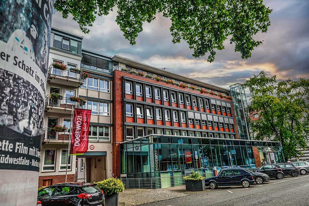 Das DOGEWO21-Kundenzentrum und Verwaltungssitz an der Landgrafenstraße.
