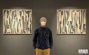 Oliver Mark zu sehen. In der Ausstellung zeigt er abstrakte Acrylmalereien auf Leinwänden.