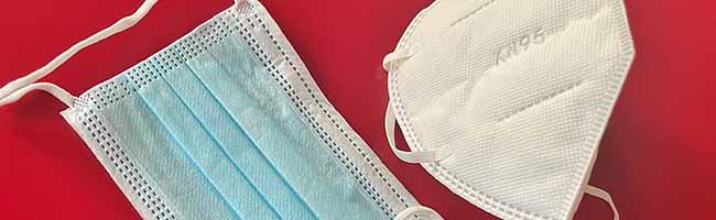 Ab Montag gilt die verschärfte Maskenpflicht in Geschäften und dem ÖPNV – FFP2-Masken: So kann man sie reinigen!