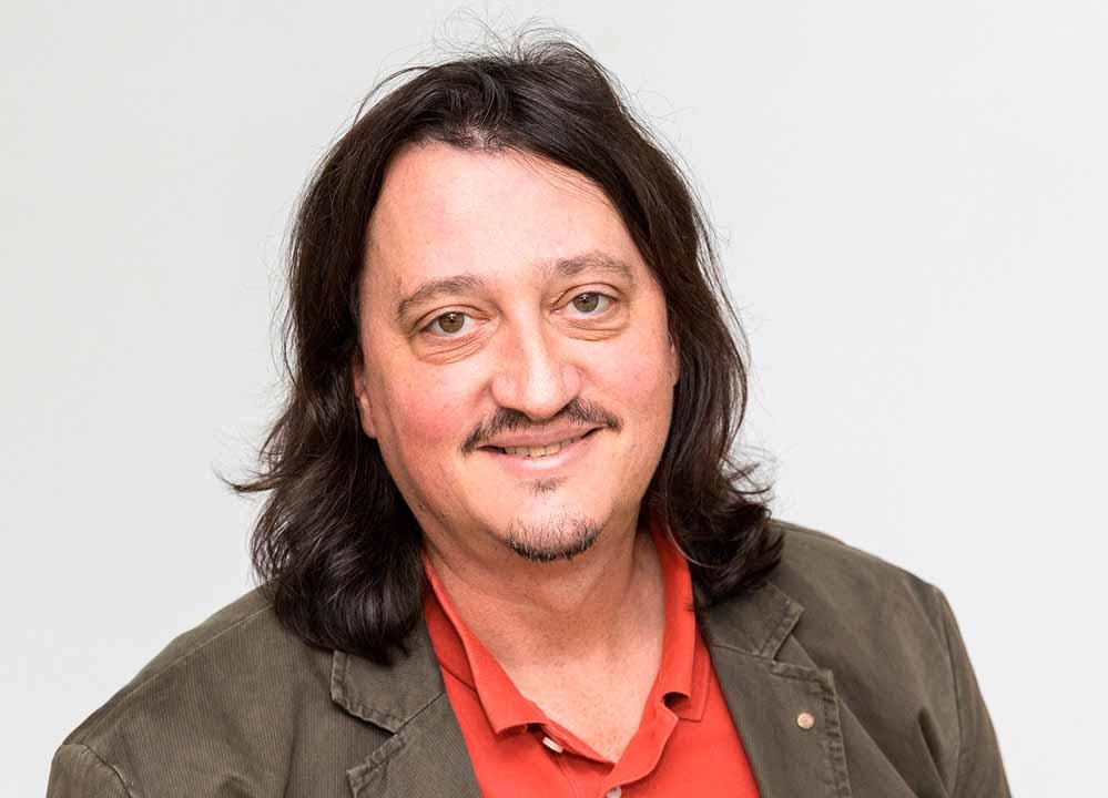 "Prof. Christoph Selter ist Teil des Forschungsverbunds ""SchuMaS"". Fotos: Roland Baege/TU Dortmund"