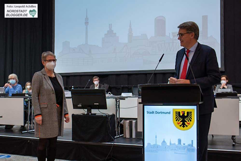 Die CDU-Politikerin Ute Meis wurde als 3. Stellvertreterin von OB Thomas Westphal gewählt. Foto: Leopold Achilles