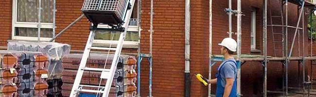 Preisexplosion und Lieferengpässe bei Baustoffen: Dachdecker befürchten Baustopps durch Materialmangel