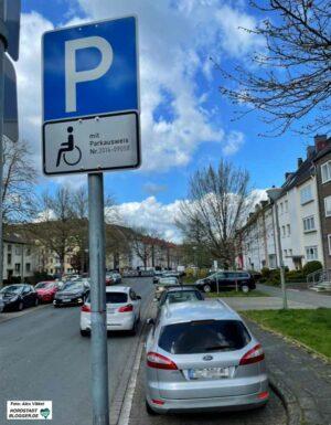 Rund 3450 Menschen leben im Quartier - sie haben schätzungsweise 1650 Autos. Foto: Alex Völkel