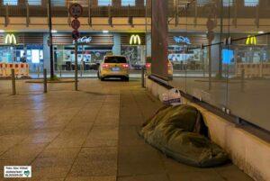 Ungewohnt ruhig sind die Nächte für die Obdachlosen in der Innenstadt. Foto: Alex Völkel