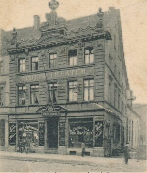 Das Haus Münsterstr. 12 war Sitz des Apollo-Theaters von Heinrich Kappert (Slg. Klaus Winter)