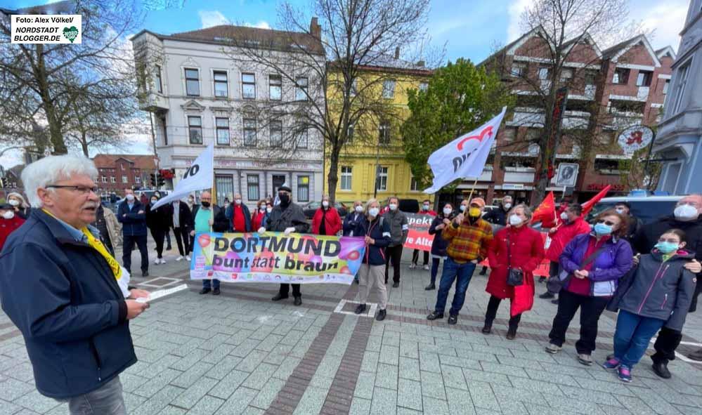 Auch der Arbeitskreis gegen Rechtsextremismus setzte in Dorstfeld ein Zeichen.