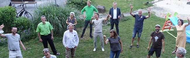 """Die 16 Gründungsmitglieder von """"Lokalgenuss eG"""" freuen sich auf die kommenden Aufgaben. Foto: Lokalgenuss eG"""