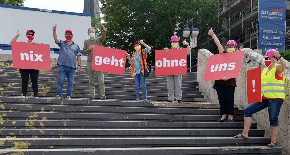 """Am """"Internationalen Tag der Gebäudereinigung"""" gab es auch in Dortmund eine Aktion. Foto: IG BAU"""