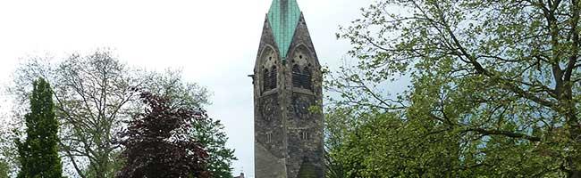 Glocken des Luther-Kirchturms an der Hirtenstraße in der Nordstadt müssen schweigen – Sicherheit geht vor
