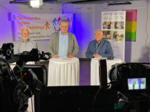 Thomas Wild (li.) und Veit Hohfeld (re.) moderierten, Detlef Becker begrüßte.