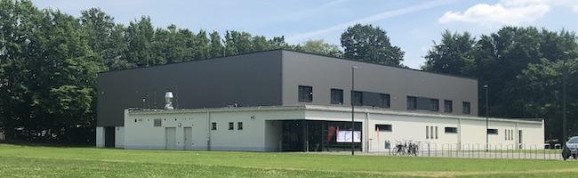 Die vier Millionen Euro teure Sporthalle für die Gesamtschule Gartenstadt entstand in nur acht Monaten Bauzeit