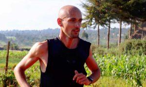 Marathonläufer Hendrik Pfeiffer im kenianischen Höhentrainingslager. Foto: Manuel Viehl