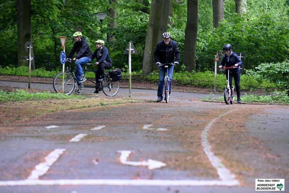 In den Ferien gibt es mehrere Angebote in der Verkehrssicherheitsschule im Fredenbaum. Archivbild: Alex Völkel