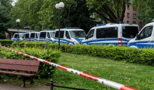 Mit einem massiven Aufgebot war die Polizei in Dortmund im Einsatz. Foto: David Peters
