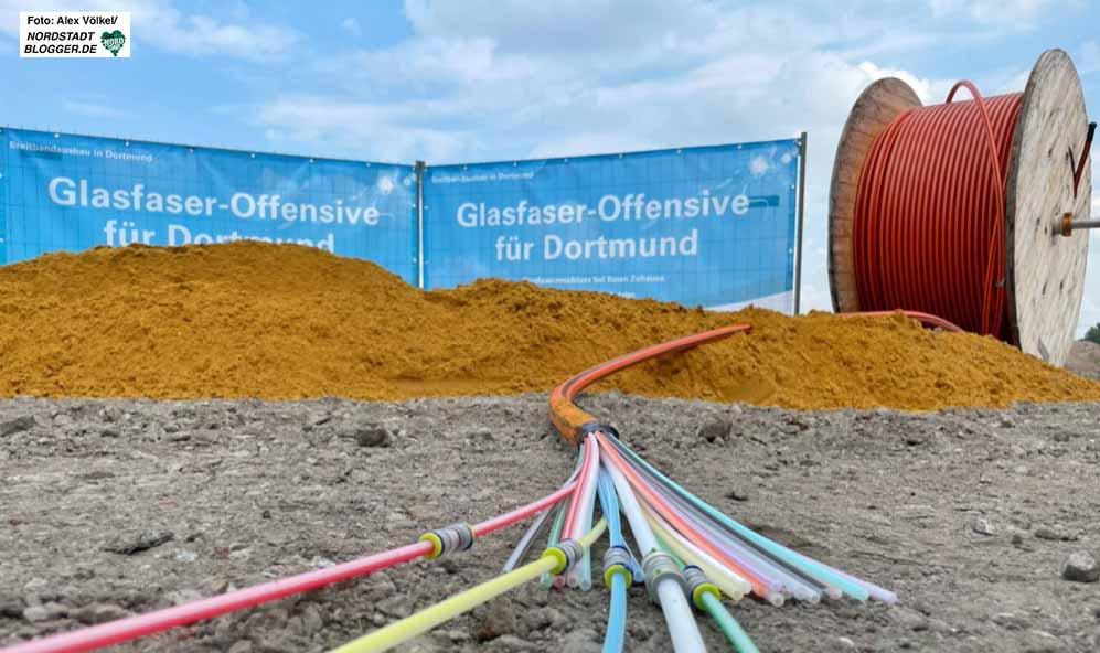 Im Dortmunder Förderprojekt müssen rund 430 Kilometer Tiefbau erledigt werden. Fotos: Alex Völkel