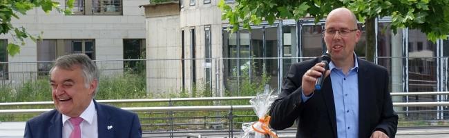 Innenminister Reul mit CDU-Bundestagskandidat Depenbrock am Phoenix-See zu Sicherheit und Katastrophenschutz