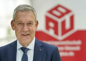 Robert Feiger ist Bundesvorsitzender der IG BAU.
