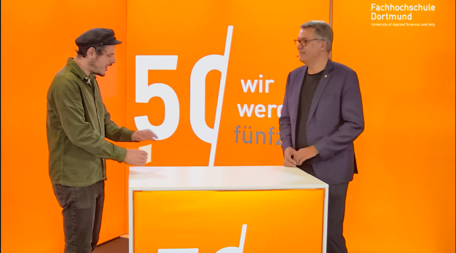 OB Thomas Westphal (re.) im Livestream der FH Dortmund.
