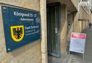 Im Briefwahlbüro am Königswall kann man auch schon direkt wählen.