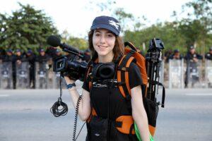 Engagierte Klima-Aktivistin und Regisseurin - Slater Jewell-Kemker. Dokumentarfilm Youth Unstoppable, Aktualisierte Fassung von 2020