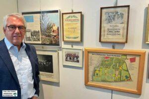 Wolfgang E. Weick,stellv. Vorsitzender der Freunde des Hoesch-Museums, freut sich über die Würdigung für die Beschäftigten.